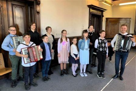 Koncert promujący szkołę