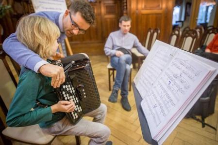 Edukacja z Mistrzem: warsztaty akordeonowe z Leszkiem Kołodziejskim